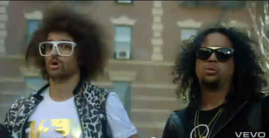12-18-2011 6-46-34 AM LMFAO party rock
